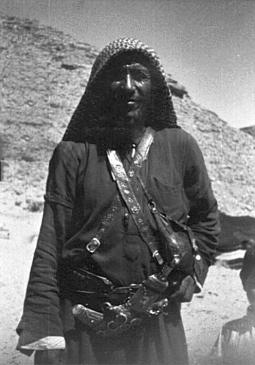 Bedouin_Riyadh,_Saudi_Arabia,_1964 (1)
