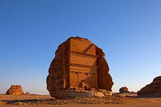 Qasr-Al-Fareed-at-dusk (1)